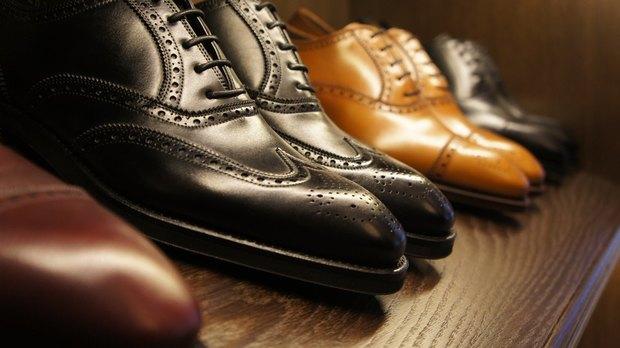Чоловіче взуття в наш час відіграє велике значення в житті кожного  чоловіка. Причому чим більше статус чоловіка і чим він є більш  представницьким – тим ... b6abc6932499f